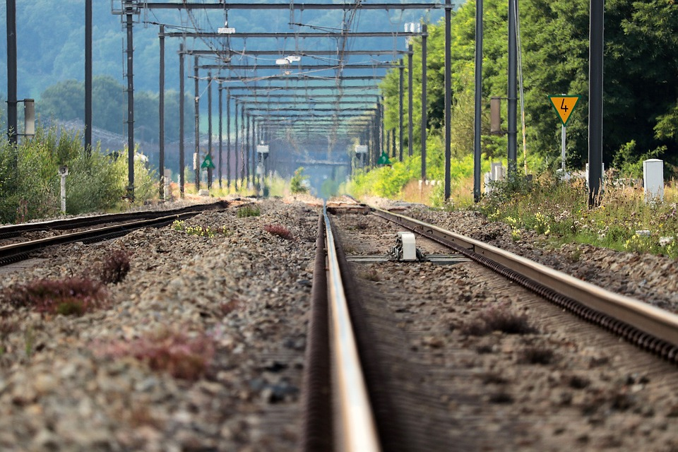MRVC to construct parallel road to the railway tracks at Diva-Dativli