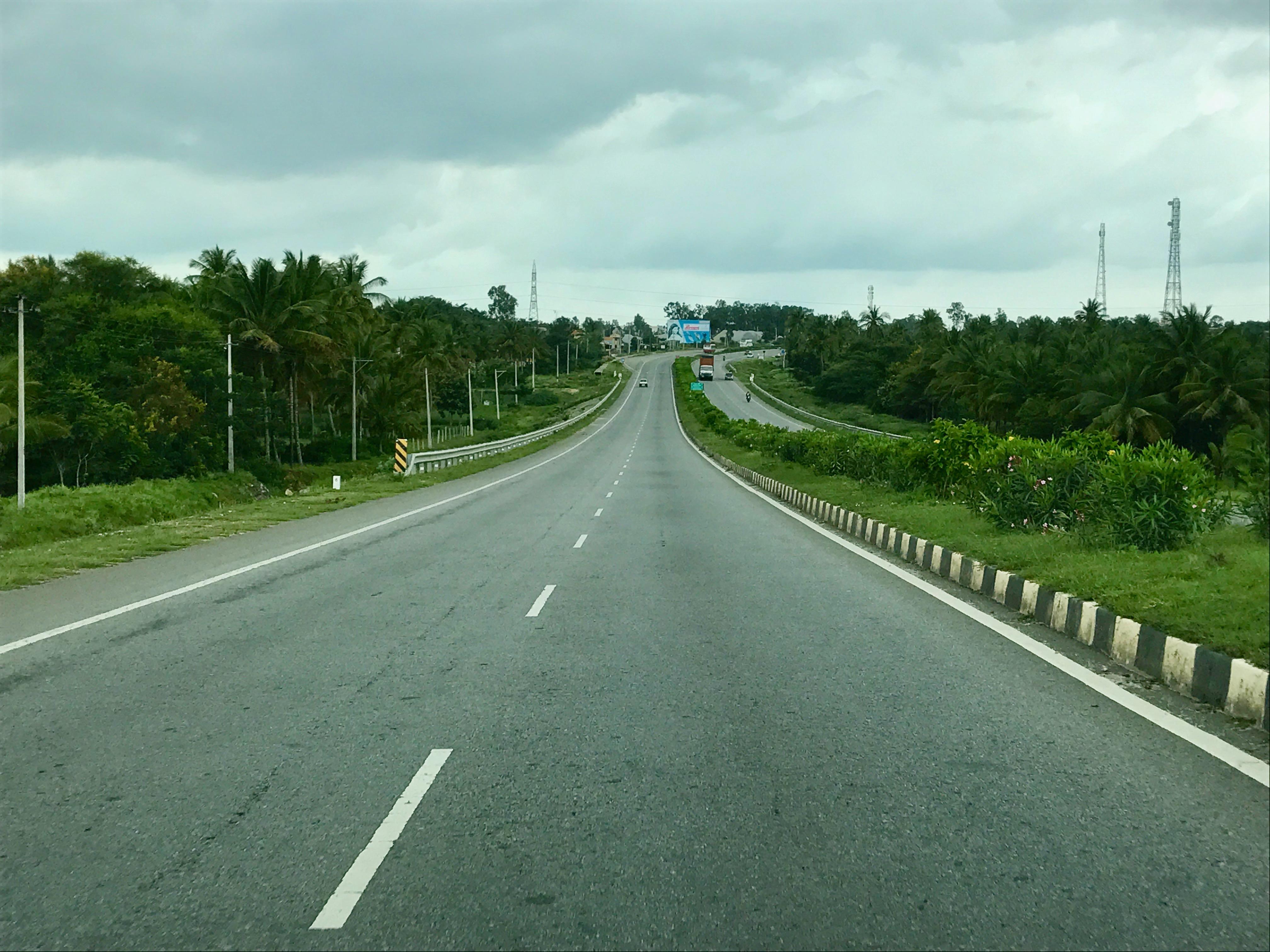 Four laning road to HP/Punjab Border to Sihuni