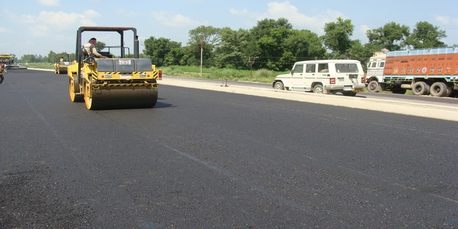 4 LANING OF BAREILLY - SITAPUR SECTION