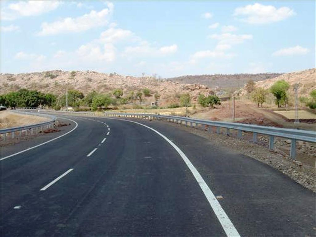 Four Laning of Fagne-maharashtra / Gujarat Border Section
