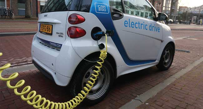 JBM Renewables, CESL sign pact for setting up electric mobility ecosystem in India