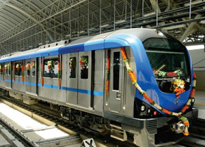 Metro trainsets and signalling solution for Lucknow Metro